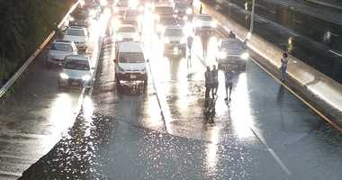 Flooding on the Long Island Expresswat