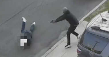 Police are investigating an apparent mob hit in the Throgs Neck section of the Bronx.