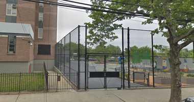 Mott Hall Community School