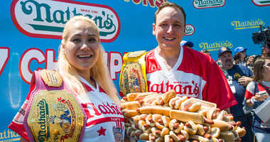 Miki Sudo and Joey Chestnut