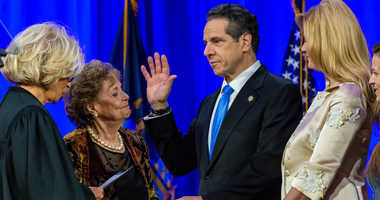 Gov Cuomo sworn in