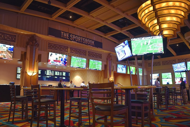 The Sports Junkies @ The Sportsbook @ Hollywood Casino