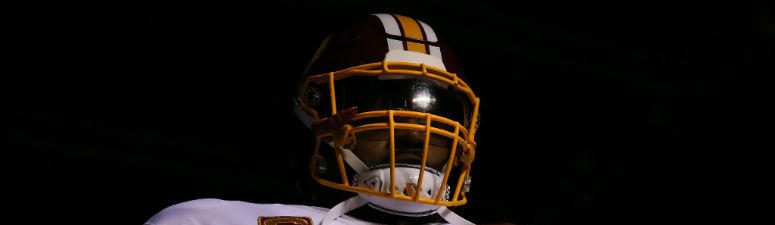 Redskins LT Trent Williams prepares to take the field.