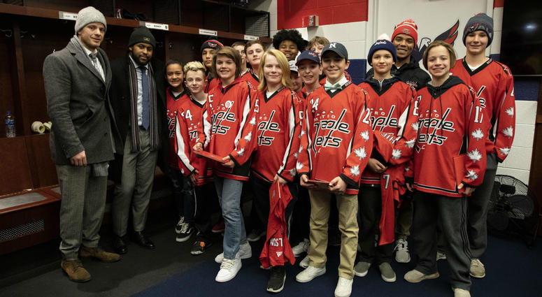John Carlson and Devante Smith-Pelly pose with the Metro Maple Leafs