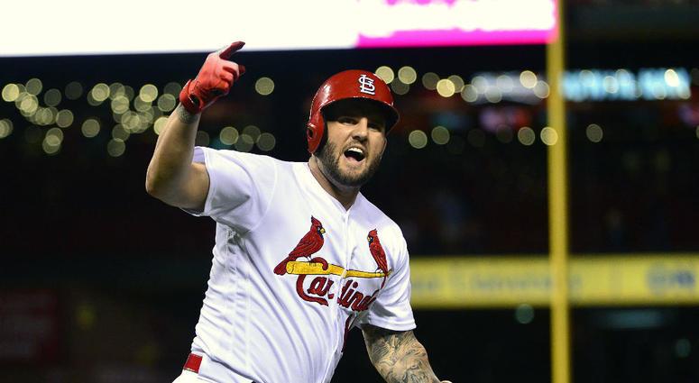 Matt Adams returns to Nationals from Cardinals.