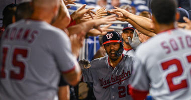 Red hot Nationals smack homers to return to .500.