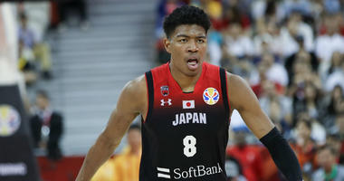 Rui Hachimura dunks all over Myles Turner