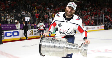 Capitals lose Brett Connolly in free agency to Panthers.