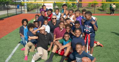 President Obama surprises scholar athletes of Nats Youth Academy