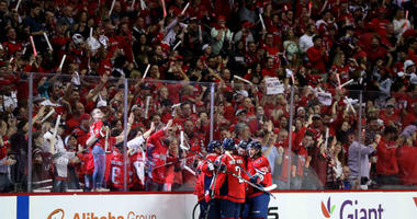T.J. Oshie looks to spark Caps fans for Game 5: 'I want to hear you through the TV'
