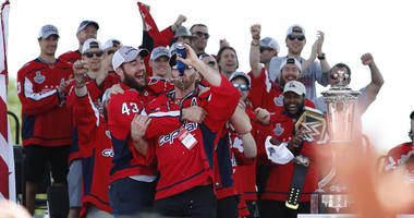 Brooks_Orpik_Stanley_Cup_Parade