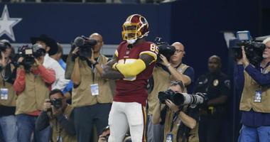 Redskins tight end Vernon Davis praises Dwayne Haskins and Derrius Guice.
