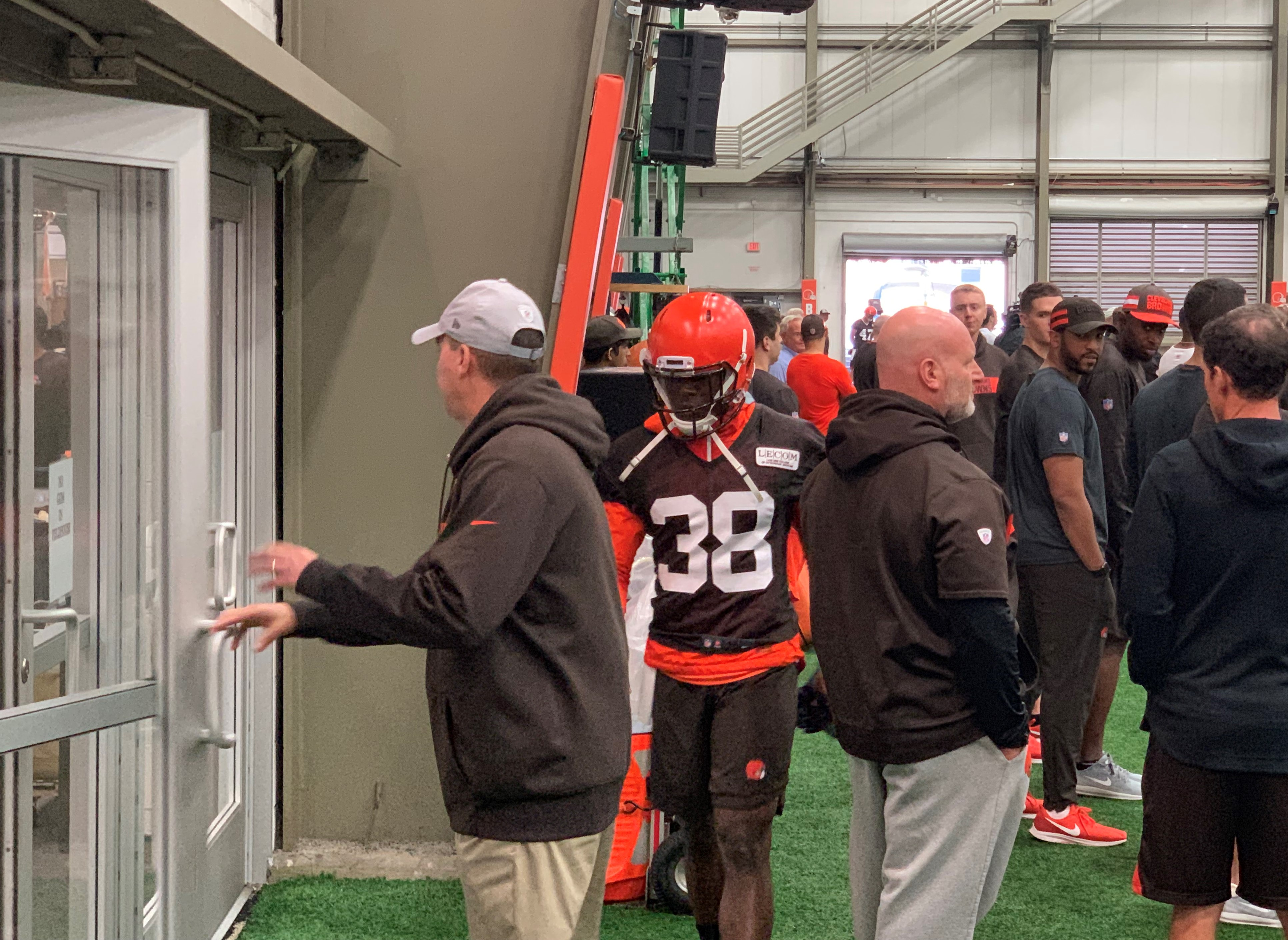 Browns minicamp notes: CB T.J. Carrie leaves Day 3 practice with