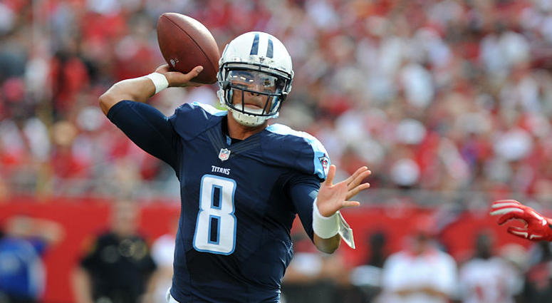 TAMPA, FL - SEPTEMBER 13: Quarterback Marcus Mariota #8 of the Tennessee Titans throws a twelve yard TD against the Tampa Bay Buccaneers in the first quarter at Raymond James Stadium on September 13, 2015 in Tampa, Florida. (Photo by Cliff McBride/Getty I