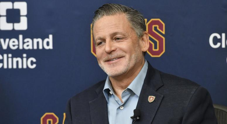 Cleveland Cavaliers owner Dan Gilbert speaks to reporters during a press conference at Cleveland Clinic Courts.