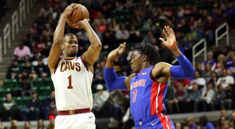 Cleveland Cavaliers guard Rodney Hood (1) attempts a three point basket over Detroit Pistons forward Stanley Johnson (7) during the first quarter of a game at Breslin Center.
