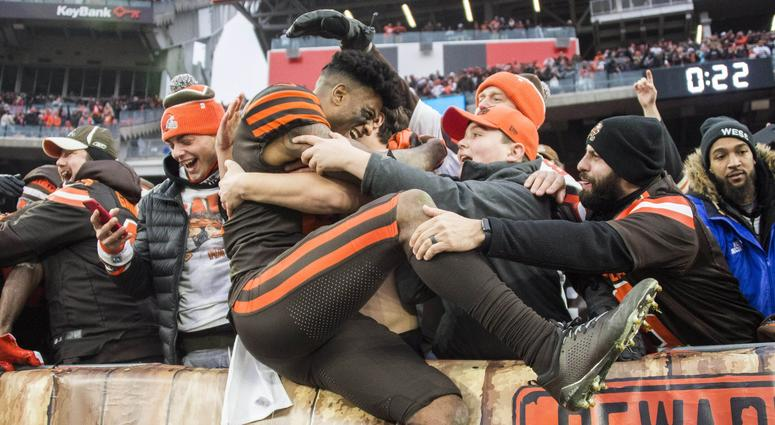 Cleveland Browns wide receiver Rashard Higgins (81) celebrates with fans after the Browns beat the Cincinnati Bengals at FirstEnergy Stadium.