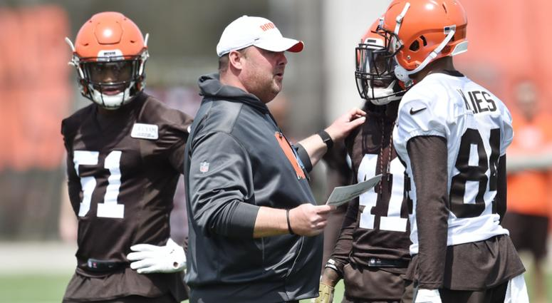 Cleveland Browns head coach Freddie Kitchens talks to players during organized team activities at the Cleveland Browns training facility.