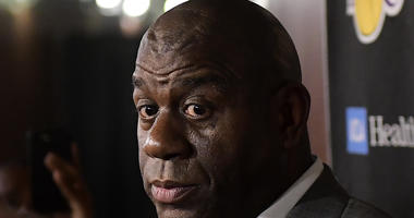 Magic Johnson resigns