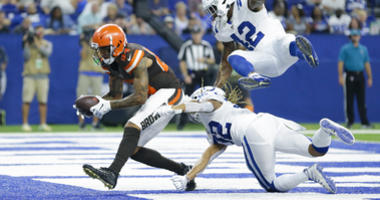 Backup QBs lead Browns past Colts 21-18