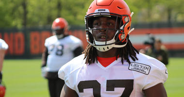 Terry Pluto: It's critical that Hunt is around the facility during his suspension