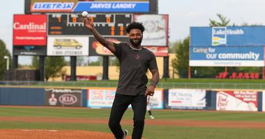 Browns WR Jarvis Landry to host celebrity softball game