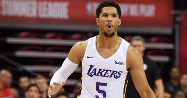 Los Angeles Lakers guard Josh Hart (5) dribbles during the first half at Thomas & Mack Center.