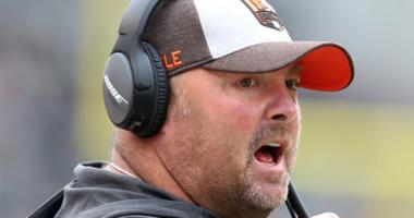 Cleveland Browns associate head coach Freddie Kitchens reacts on the sidelines against the Pittsburgh Steelers during the second quarter at Heinz Field. The Steelers won 33-18.