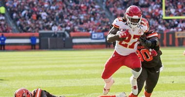 Nov 4, 2018; Cleveland, OH, USA; Kansas City Chiefs running back Kareem Hunt (27) eludes the tackle of Cleveland Browns free safety Jabrill Peppers (22) during the first half at FirstEnergy Stadium.
