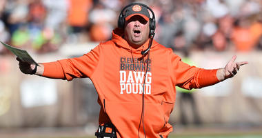 Freddie Kitchens says Browns playing as a group, not team