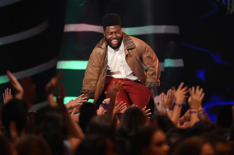 Khalid onstage at Teen Choice 2018