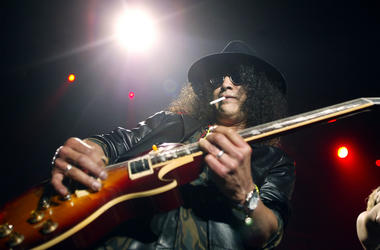 Slash of Guns & Roses performs in 2003