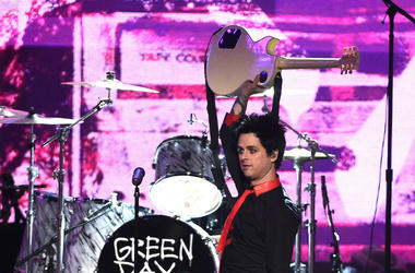 Billie Joe Armstrong of Green Day plays live