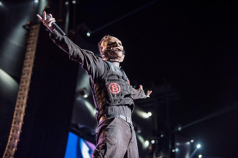 Corey Taylor from Slipknot performs at 2015 Rock in Rio on September 25, 2015 in Rio de Janeiro, Brazil.