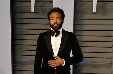 BEVERLY HILLS, CA - MARCH 4: Donald Glover arrives at the 2018 Vanity Fair Oscar Party at the Wallis Annenberg Center for the Performing Arts on March 4, 2018 in Beverly Hills, California.