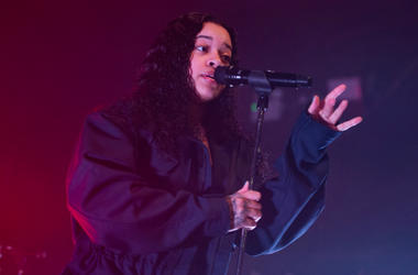 Ella Mai performs on stage at the O2 Academy on 08 January 2019