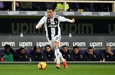 El jugador de la Juventus Cristiano Ronaldo durante un partido de la Serie A italiana contra la Fiorentina, en Florencia, Italia, el domingo 1 de diciembre de 2018.