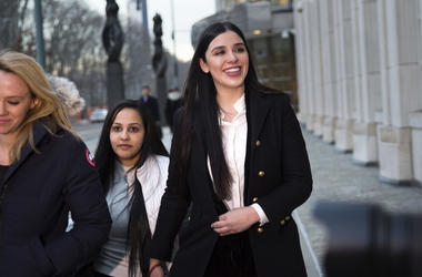 """Emma Coronel Aispuro deja la corte federal de Brooklyn el jueves 17 de enero de 2019 en Nueva York, luego de asistir al juicio de su esposo Joaquín """"El Chapo"""" Guzmán."""