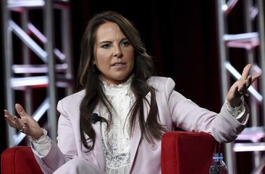 Kate del Castillo habla durante una conferencia de prensa de NBCUniversal, el martes 29 de enero de 2019, en Pasadena, California.