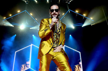 Singer Maluma performs during his 'F.A.M.E. Tour' at The Forum on April 7, 2018 in Inglewood, California.