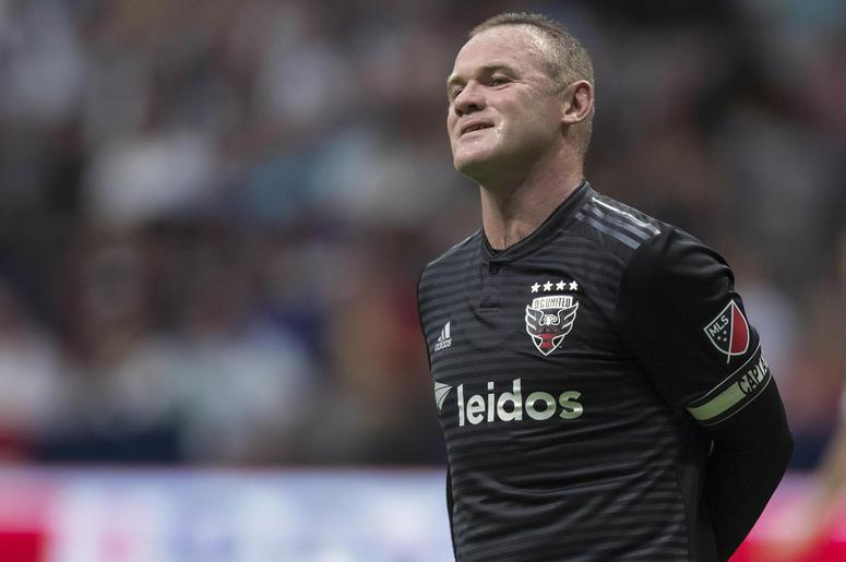 En esta foto del 17 de agosto de 2019, Wayne Rooney, del D.C. United, sonríe depués de hacer un disparo en el partido ante los Whitecaps de Vancouver