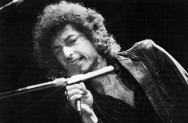 1978, Bob Dylan performs at Rochester Community War Memorial