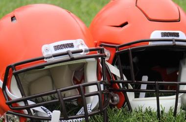 Browns helmet no stripe