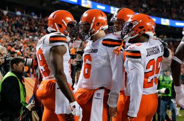 Cleveland Browns quarterback Baker Mayfield (6) celebrates with wide receiver Breshad Perriman (19) and running back Duke Johnson Jr. (29) after a touchdown in the first quarter against the Denver Broncos at Broncos Stadium at Mile High.
