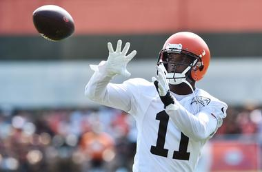 Cleveland Browns wide receiver Antonio Callaway (11) catches a pass during training camp at the Cleveland Browns Training Complex.