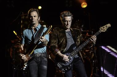 Jonathan Cain (left) and Ross Valery of Journey
