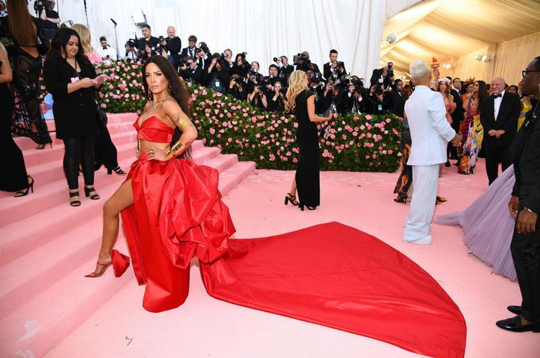 Halsey attends The 2019 Met Gala