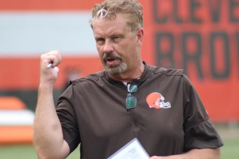 Cleveland Browns defensive coordinator Gregg Williams