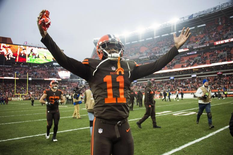 Cleveland Browns wide receiver Antonio Callaway (11) celebrates after the Browns beat the Cincinnati Bengals at FirstEnergy Stadium.