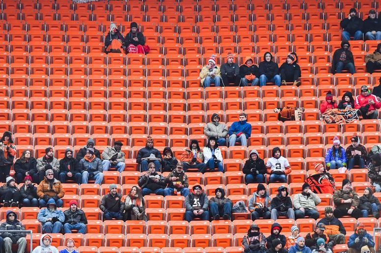 Browns announce transition to mobile game day tickets only